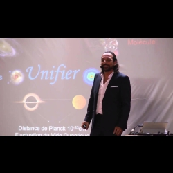Conférence Nassim Haramein - Bruxelles 2015